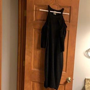 Exposed shoulder sweater dress